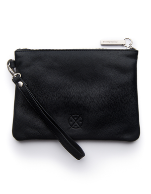 Cassie Clutch Black