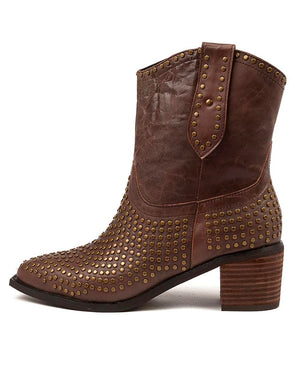 Idan Studded Boots Choc Distressed