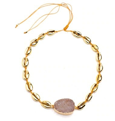 collier coquillage pierre