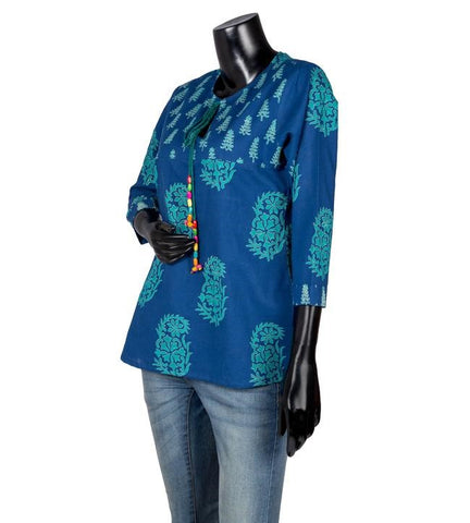 Princess Cut Crew Neck With Tassels Block Printed Top