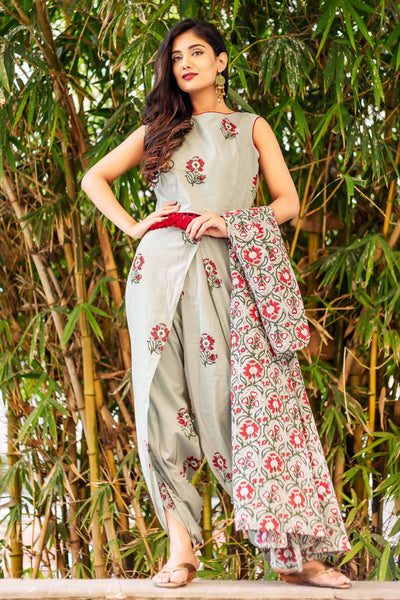 Hand Block Printed Dhoti Set with Crop Tops and Jacket Online