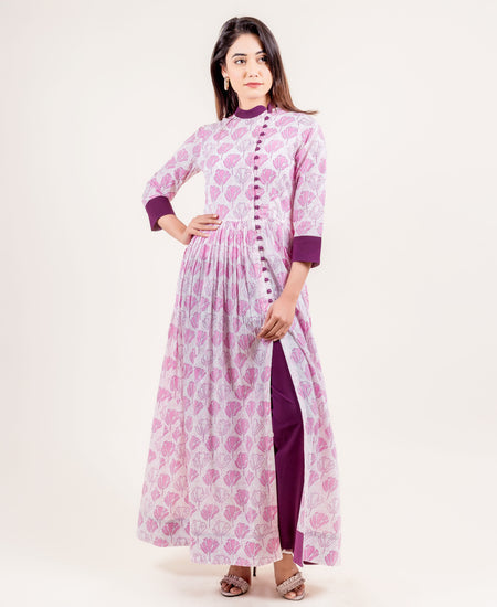 Scoop Neck Straight Cut Georgette Kurta With Slim Fit Trousers