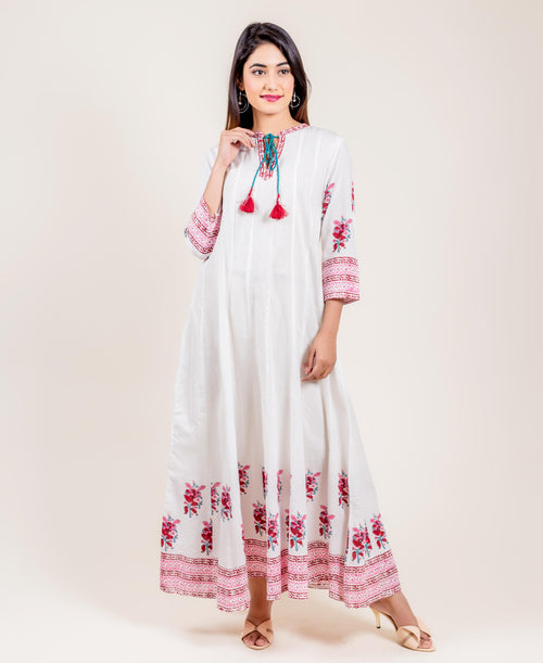 Tasseled Cotton White And Pink Long Dress