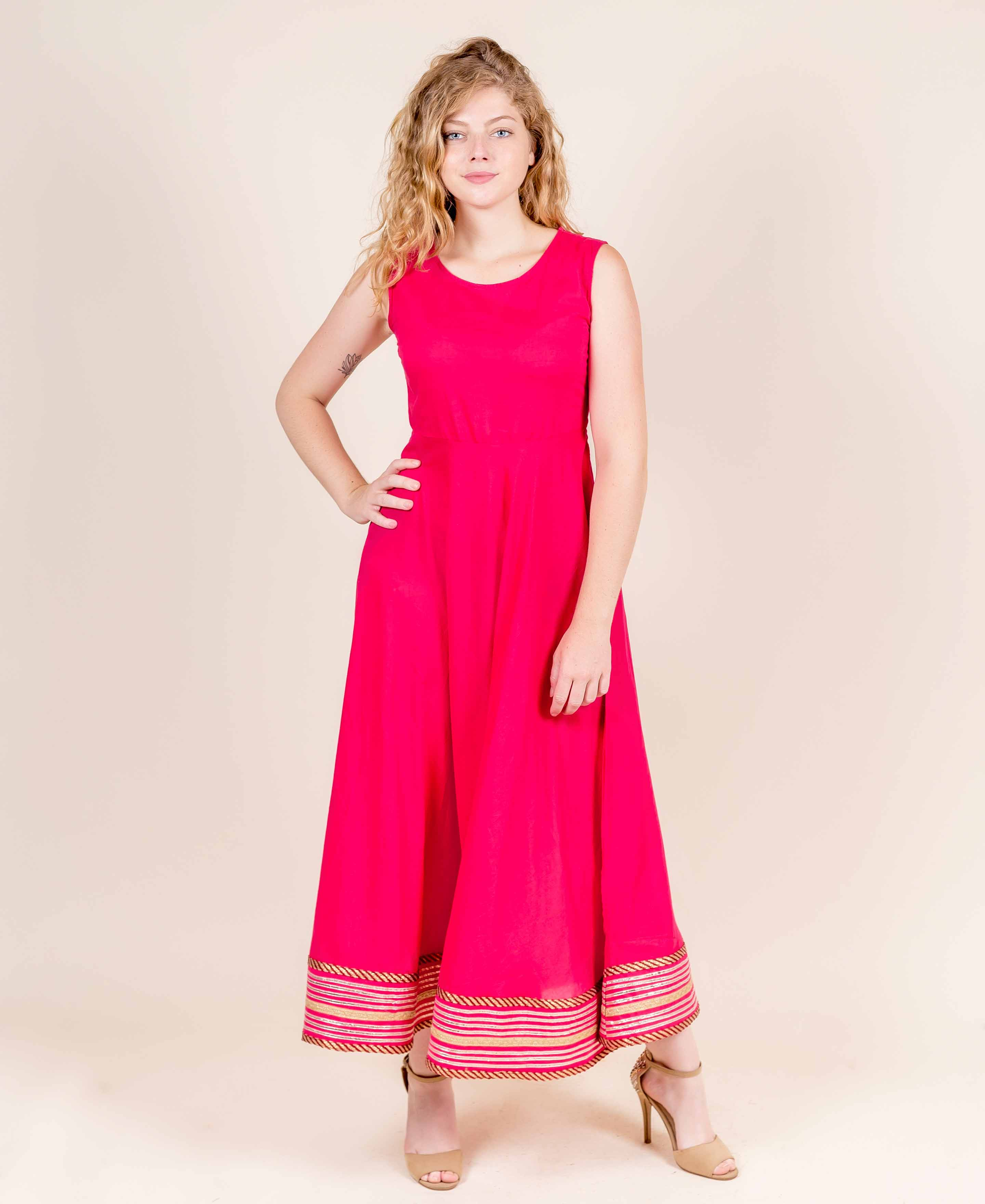 sleeveless long indo western dresses for ladies online