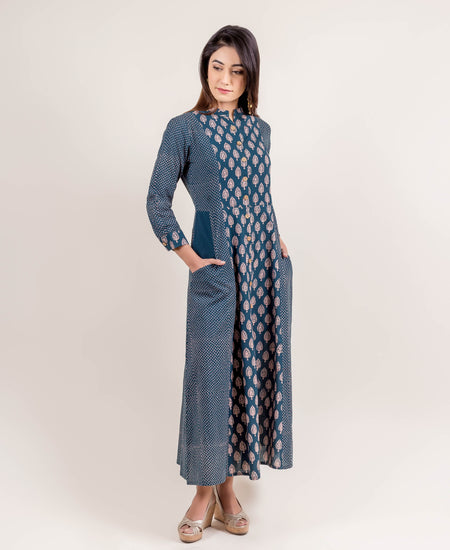 Stunning Hand Bock Printed Kurta with Pants
