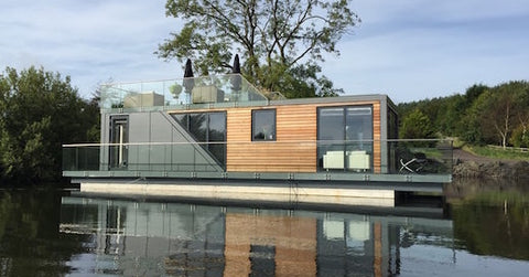 jetsongreen_prefab_house_boat