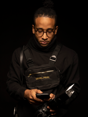SZN 1 Black/Gold Chest Bag