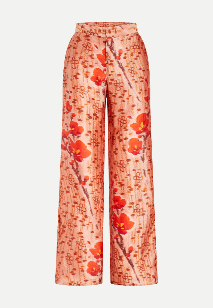 womenswear red all-over floral pattern straight cut trousers front