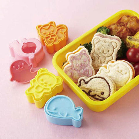 Torune Animal Friends Bread Cutter