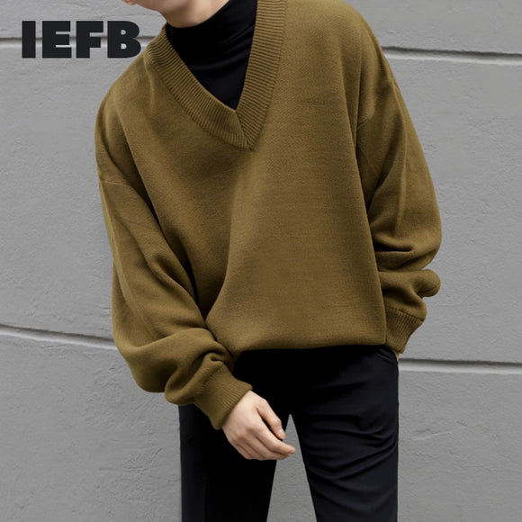 IEFB /men's wear autumn winter V-neck sweater male's loose korean style knitted tops vintage long sleeve large size tops 9Y3271