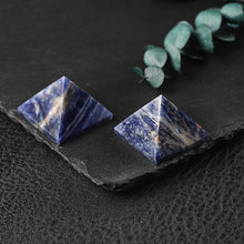 Load image into Gallery viewer, Brand new 100% Natural Crystal Pyramid Fluorite Quartz Healing Stone Chakra Reiki Crystal Point Home Decoration Crafts Gem 1PC
