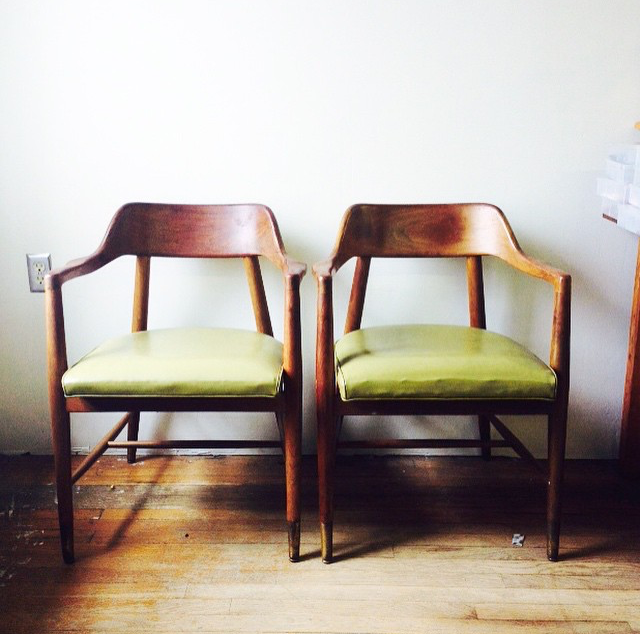 Mid Century Modern Chairs Bankers Chairs in Green Vinyl