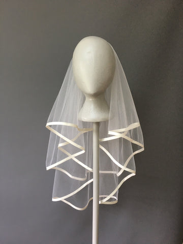 SAMPLE VEIL - Waist length 2 tier Fiji veil