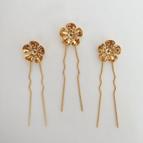 Buttercup hairpins