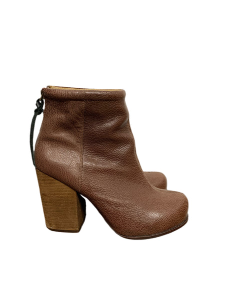 00s Jeffrey Campbell Heeled Ankle Boots - size W's 8