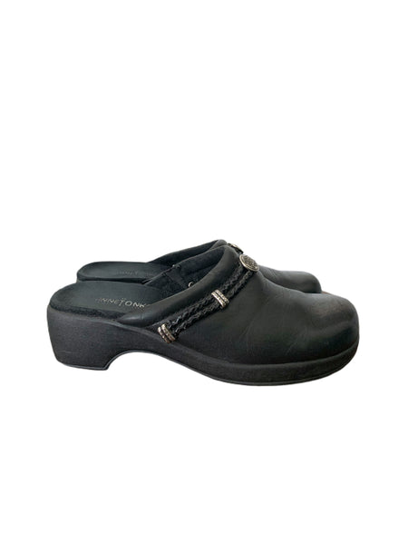 90s Minnetonka Black Leather Clogs - size W's 7