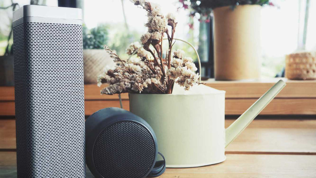Features of a Great Bluetooth Speaker - loudest bluetooth speaker - Luxe Lifestyle