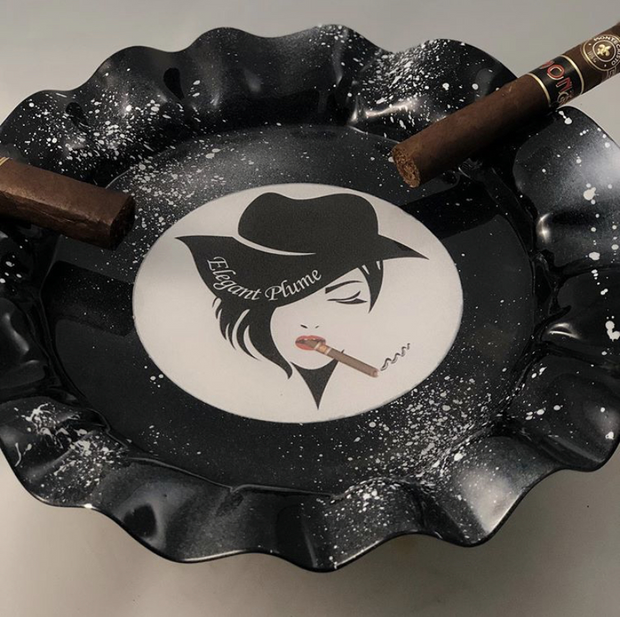 Elegant Plume Ashtray