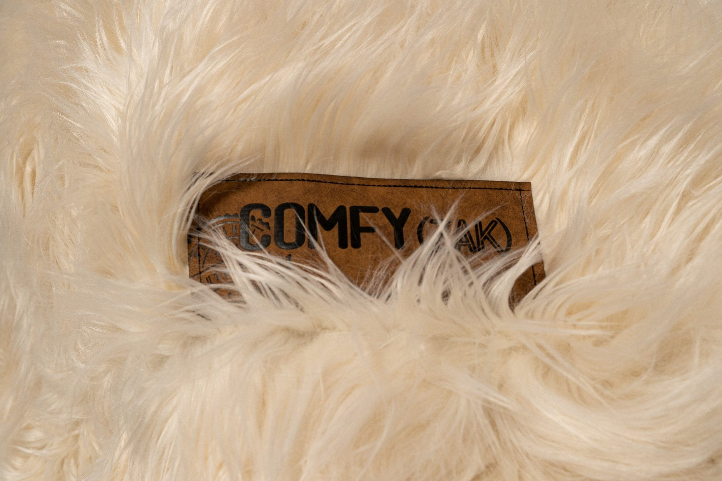 Comfyzak-Beanbag---Flokati-Fur-Grizzly4-label