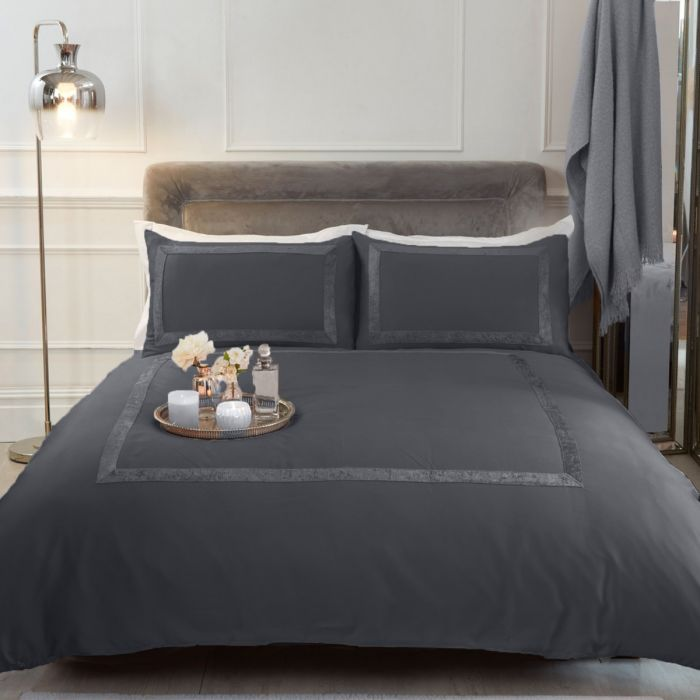 SIENNA CRUSHED VELVET BORDER DUVET SET - SILVER GREY
