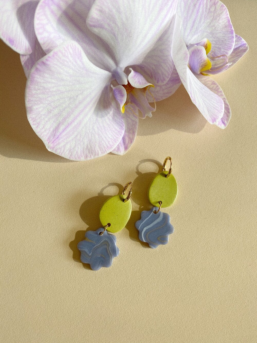 Aacute Belong Earrings - Violet Agate and Zest