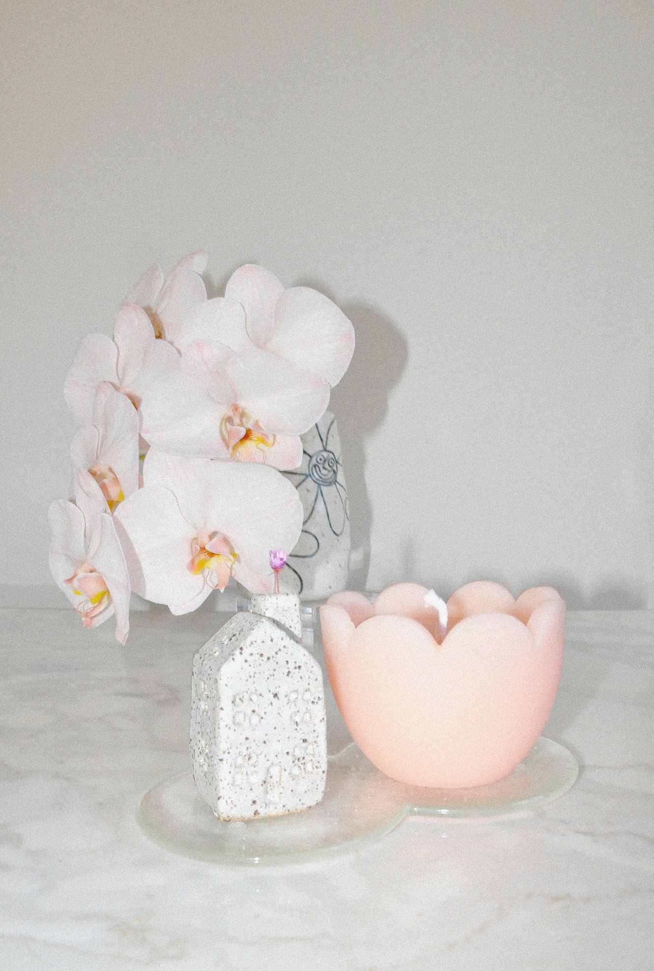 You Me Bones Tulip Candle in Peach