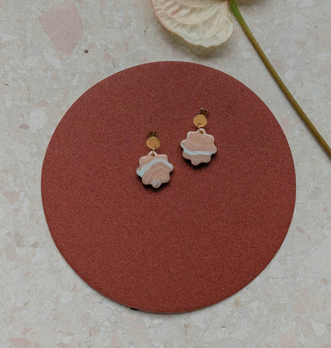 Aacute Small Floret Earrings - Apricot Agate