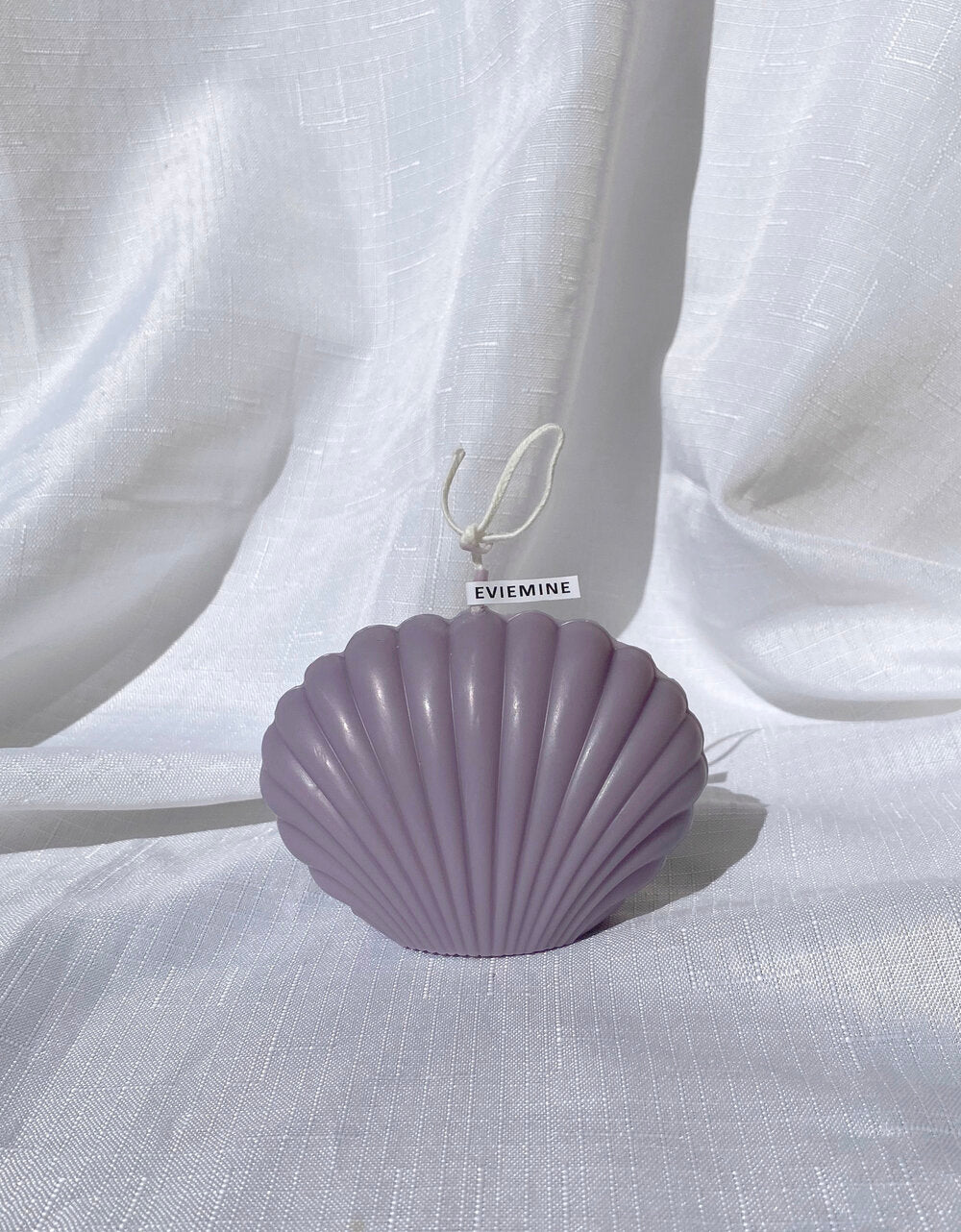 Evie Mine Clam Shell Candle in Lilac