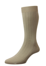 Load image into Gallery viewer, Pantherella Sea Island Socks