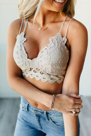 Scalloped Lace Bralette - Champagne