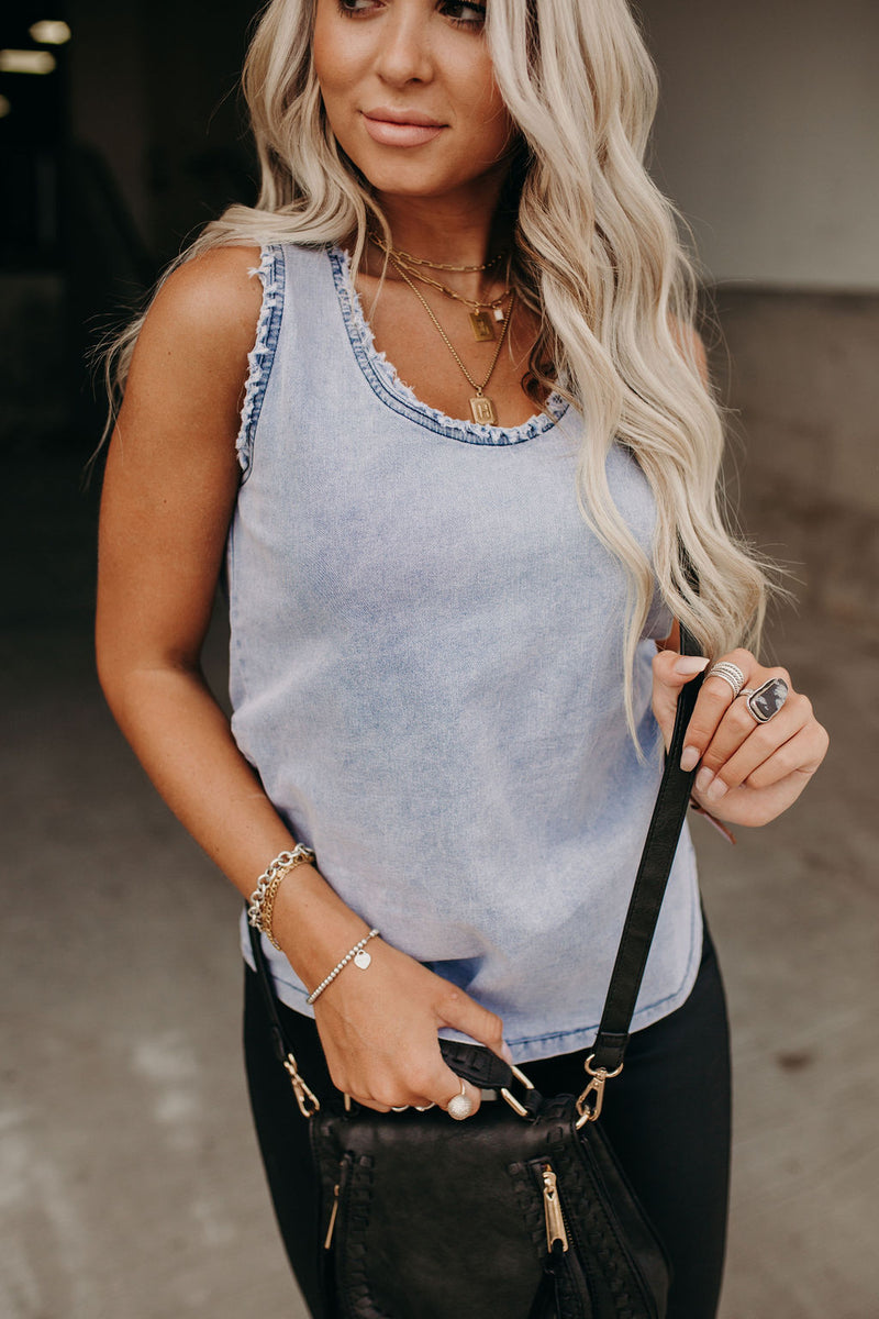 Landon Distressed Tank
