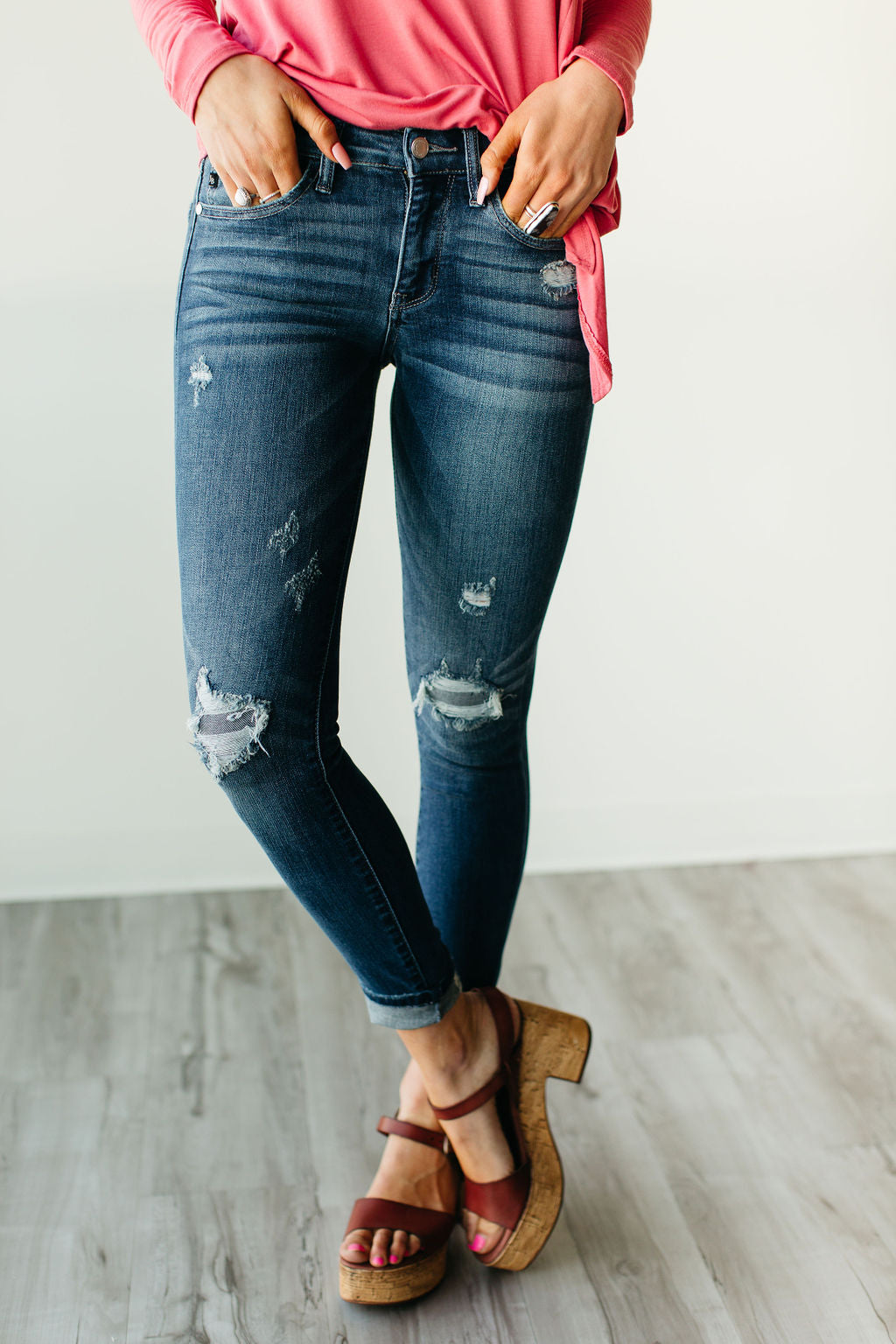Flip Patch Destroyed Skinny Jeans