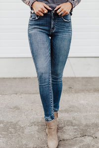 Tilly Distressed Jeans