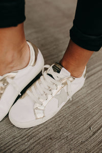 Fresh Sneakers - Off White