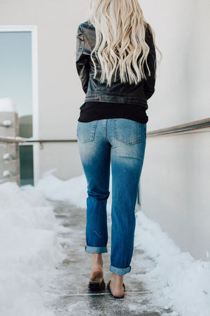Rylie Distressed Boyfriend Jeans