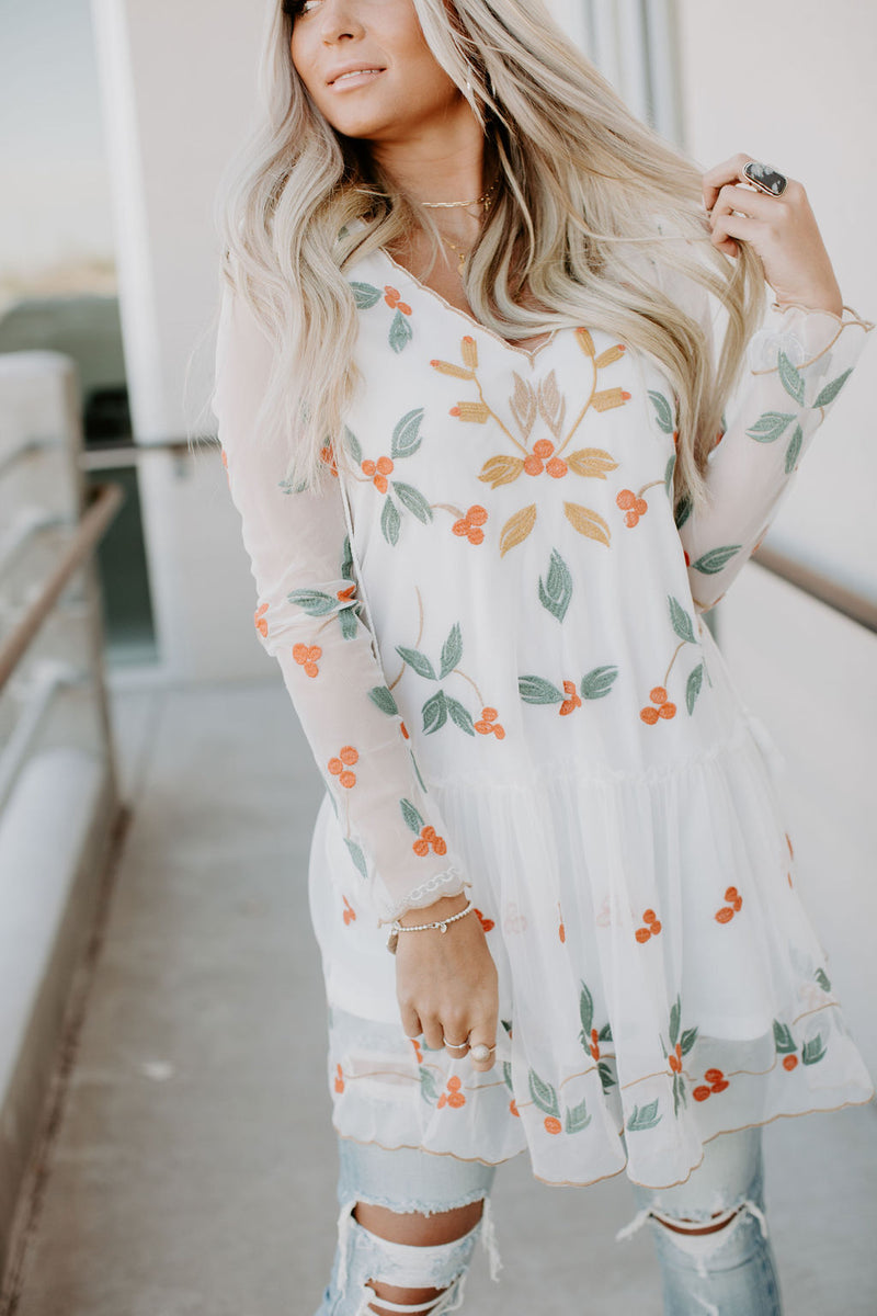 Noelle Embroidered Dress