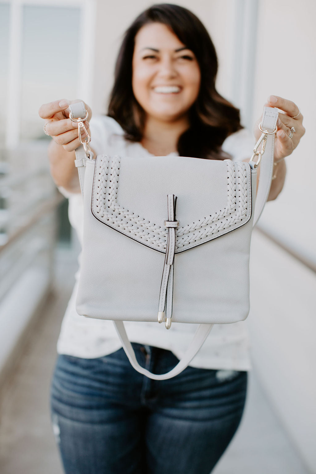 Freya Crossbody - Light Grey