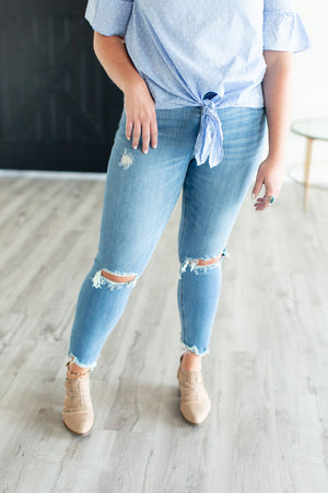 Petra Distressed Cropped Skinny