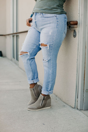 Langston Distressed Jeans