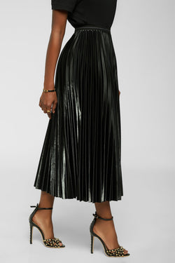 Pretty And Pleated Skirt - Black