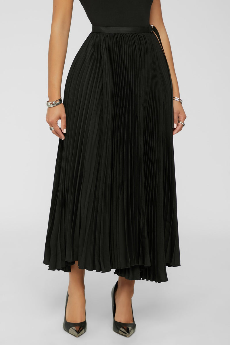 Pleat You There Skirt - BLACK