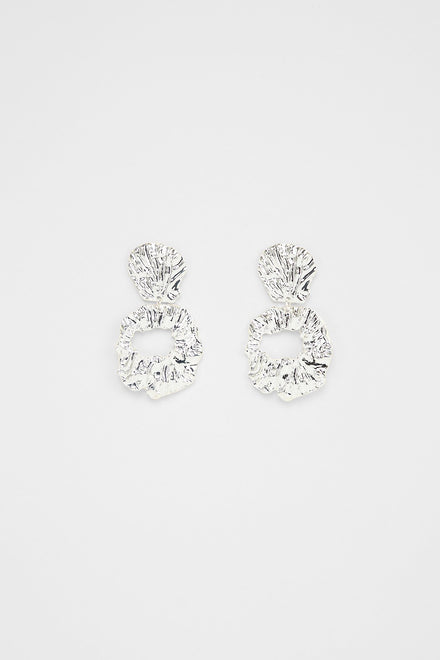 Shell Me Your Secrets Earrings