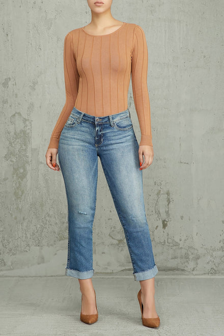 Straight To The Point Mid Rise Jeans - Medium