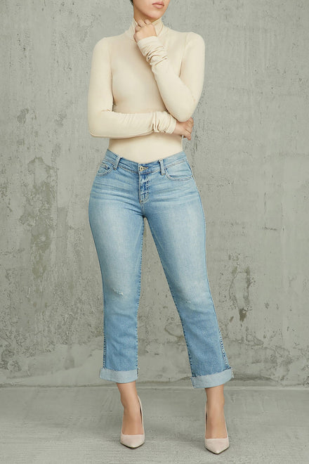 Straight To The Point Mid Rise Jeans - Light