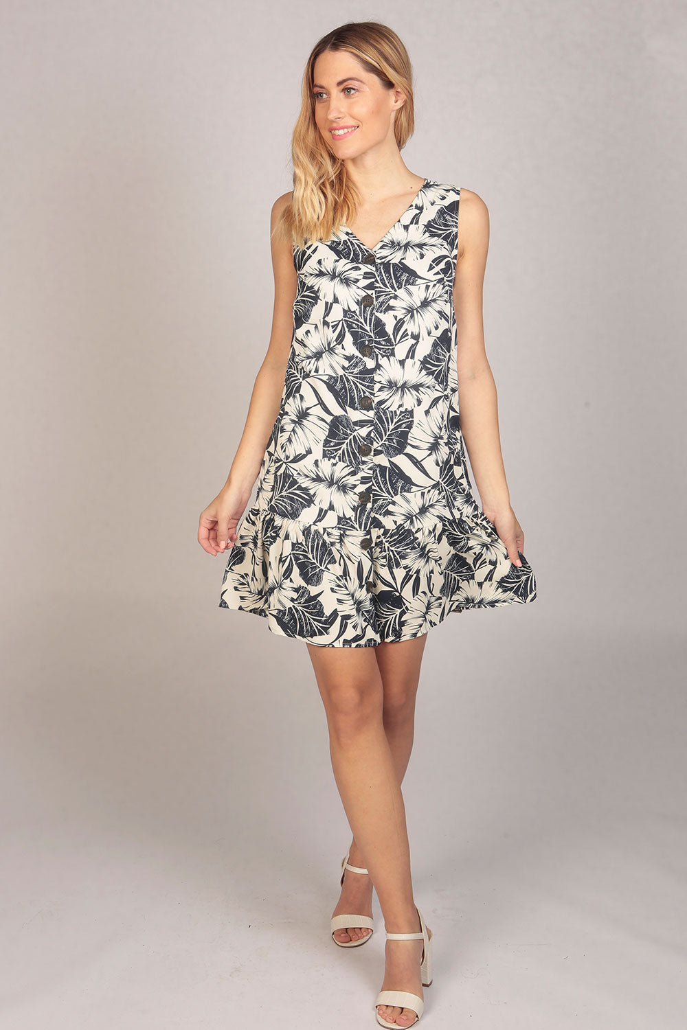 Sleeveless Tropical Floral Print Button Ruffle Dress in White