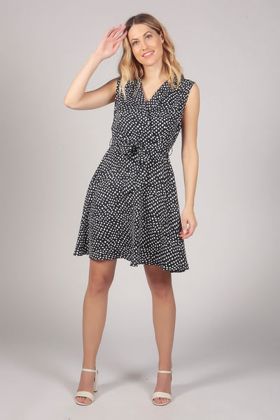 Sleeveless Polka Pattern Collar Neck Skater Dress in Blue