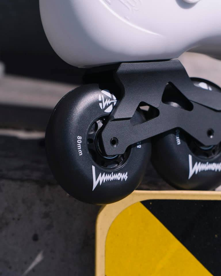 FR Skates Luminous Black LED - Doberman's Skate Shop - Doberman's Skate Shop
