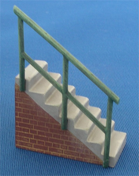 7/BC12 Steps with Handrail