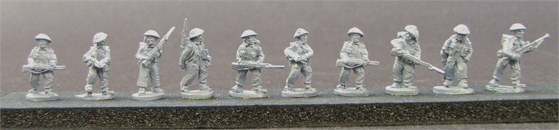 CD BS03  British Infantry Section 43-45 Advancing