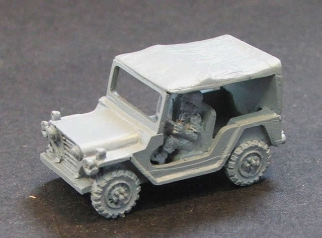 PW838   MUTT Jeep with tilt